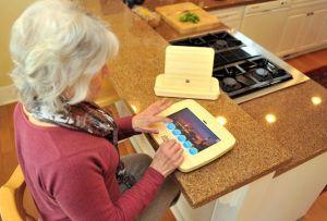 Liliputing senior citizens